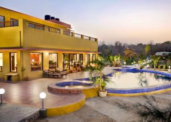 Corbett Aura Resort
