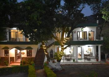 Corbett Paradiso Resort