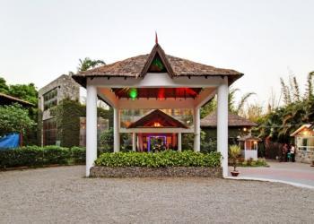Wood Castle Spa & Resort