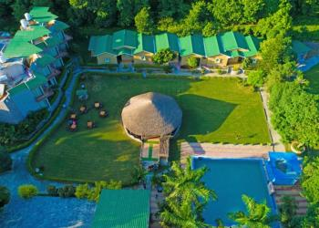 Clarissa Resort Corbett New Year Package